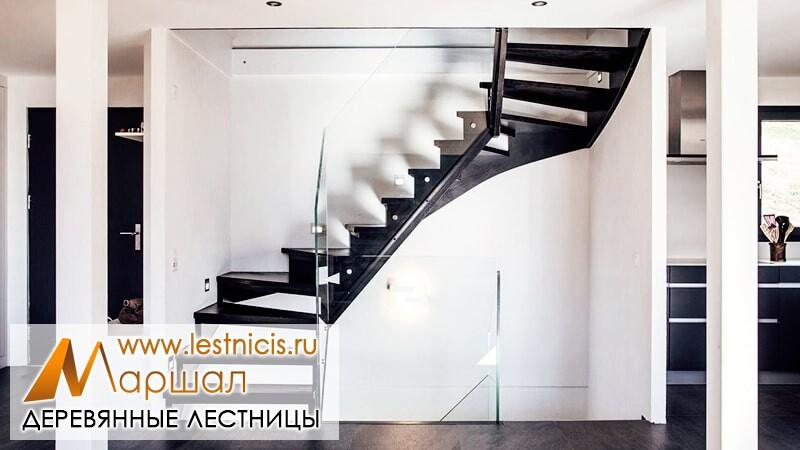 Деревянные лестницы Севастополь на косоурах