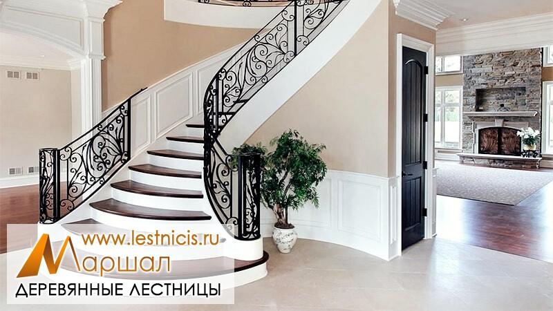 Лестницы из дерева в Севастополе на бетоне