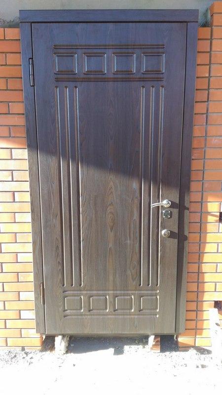 металлические двери уличный вариант